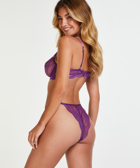 Brazilian Isabelle, Lila