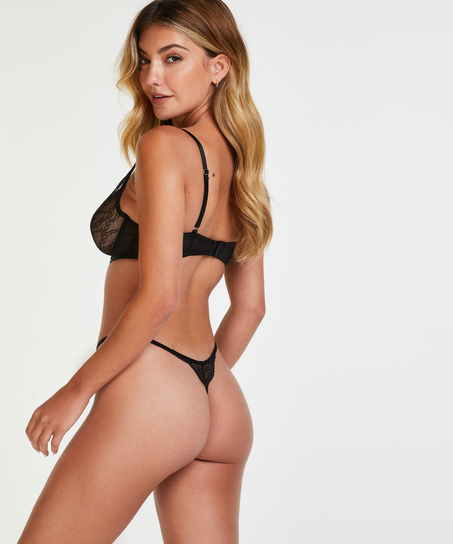 String Isabelle, Schwarz